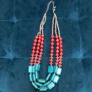 Accessories - FINAL PRICE DROP NWOT statement necklace!
